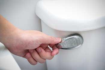 Toilet-Flushing